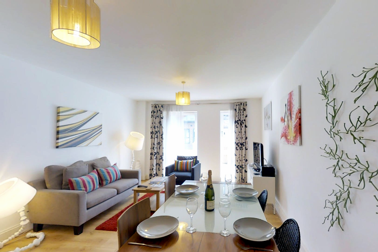 Bright living space at Pepys Court