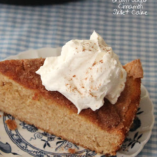 Brown Sugar Cinnamon Skillet Cake