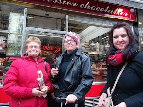 Photo: Paris, boulangerie * Budapest-paris aerplane * Hungarian Sibyls in Paris, remembering mlle Lenormand, esoteric Tour * www.lenormand.hu