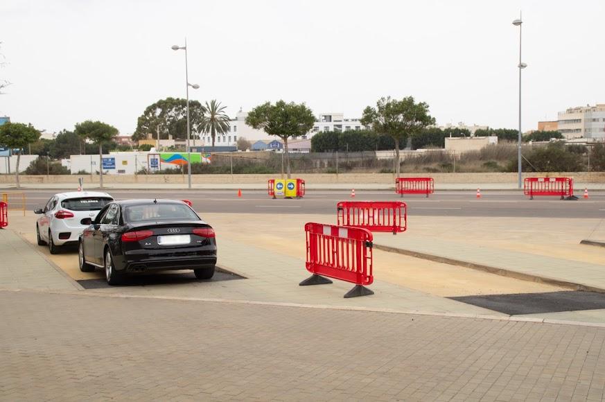 Zona delimitada para la llegada de vehículos.