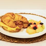 Croissant Eggs Sandwich