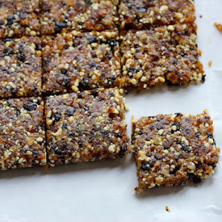 Mamabars (DIY Larabar Recipe).