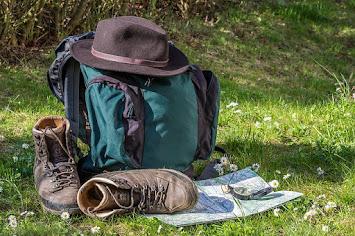 hiking-1312226_640.jpg
