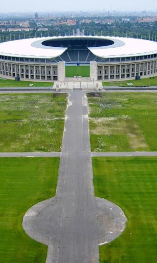 オリンピアスタジアムベルリンの壁