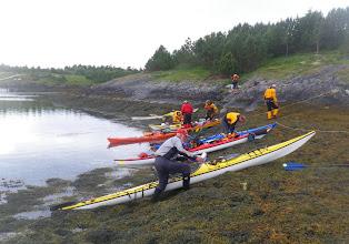 Photo: Lunsj var en utfordring mht fortøyning, med tidevannet på vei opp.