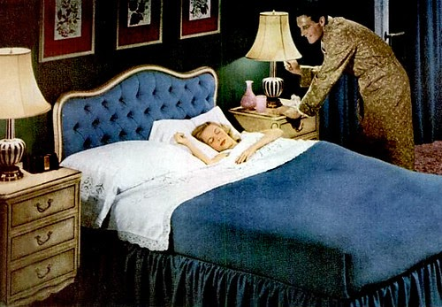 1940 Bedroom Decorating Ideas: Mid-Century Living: '40s Bedrooms