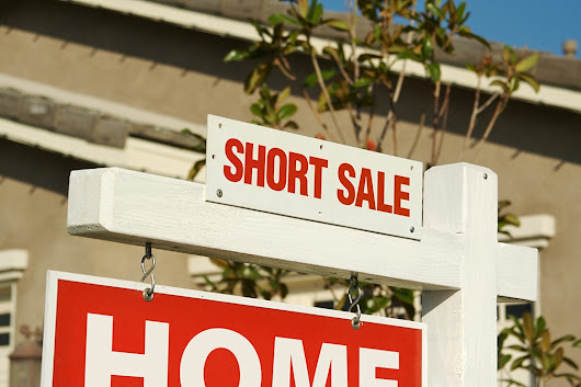 "Real Estate 101: What Is a ""Short Sale"" And How Does It Work? Let's Take a Look - Carey Team AZ"