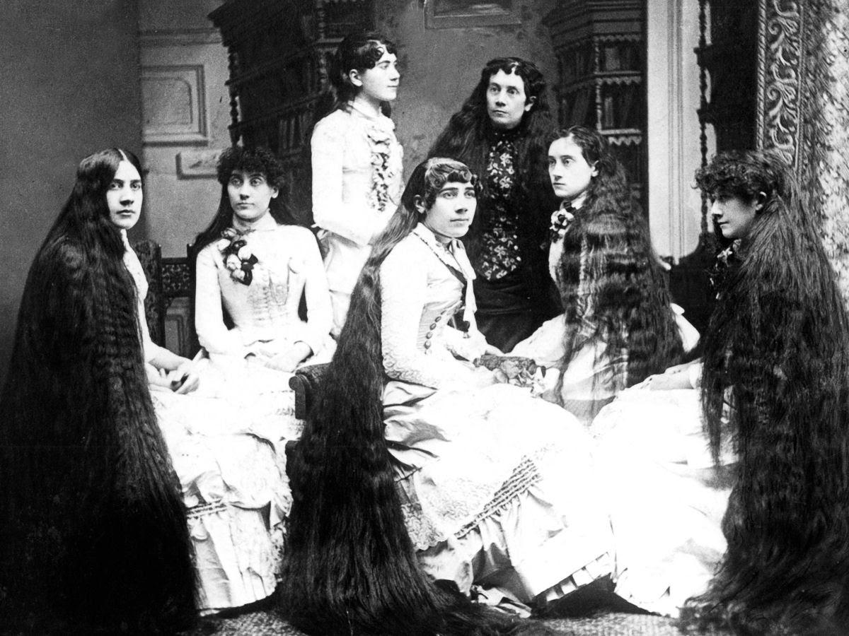 As mulheres vitorianas que nunca cortavam o cabelo 13