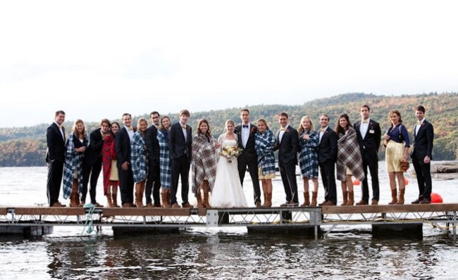 Fall Wedding Photos - bridesmaids gifts for fall & winter weddings - blankets!