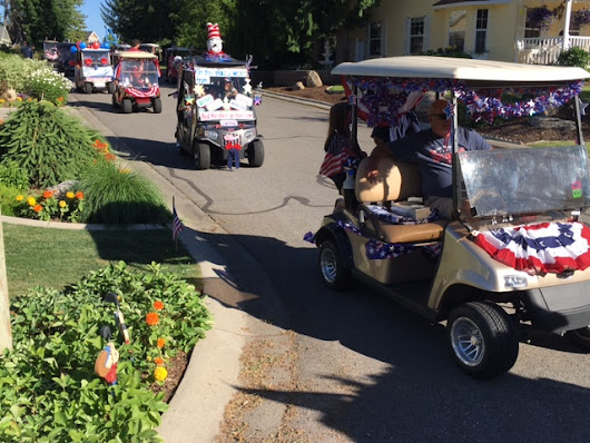 2017-4th of July Cart Parade - Twin Lakes Village Golf Course