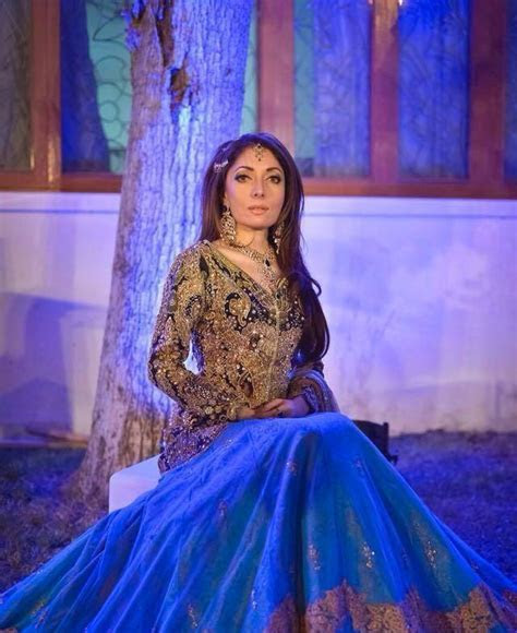 Sharmila Farooqi's Mehendi And Mayoon Pictures!   Parhlo