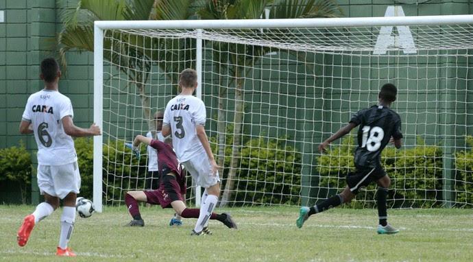 Botafogo x Figueirense, sub-15, Copa Brasil Infantil, Votorantim, Bonfim (Foto: Marcos Ferreira / Secom Votorantim)