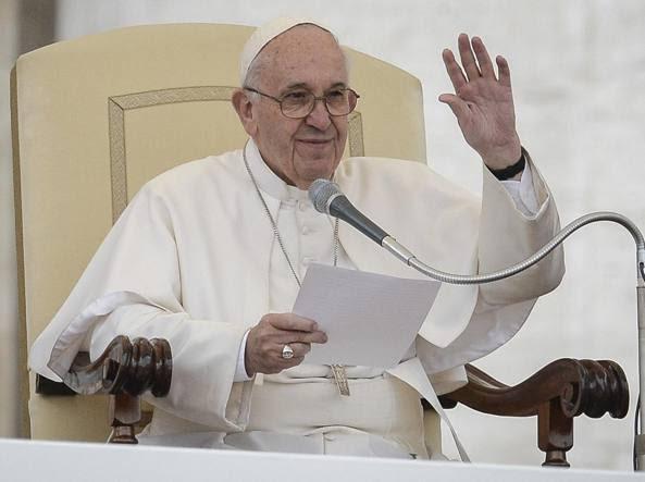 Papa Francesco in udienza generale (Imagoeconomica)