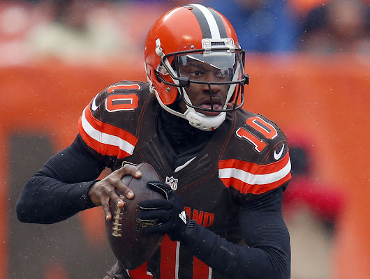 RG3 exits game vs. Chargers to be evaluated for concussion
