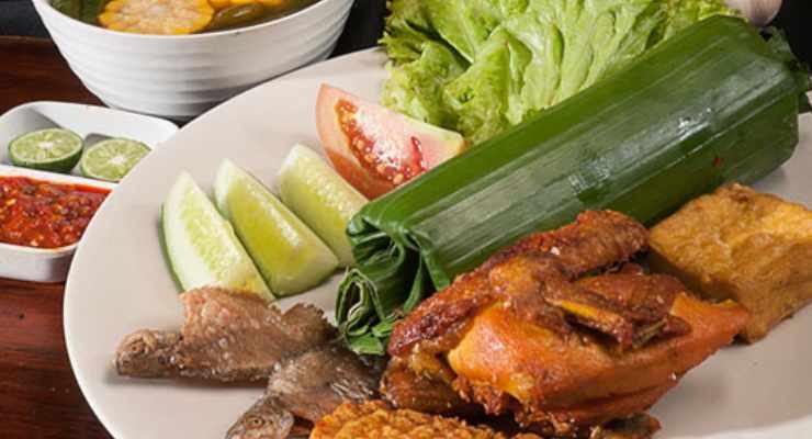 D'Teras Food Corner Bandung Sukapura Bojongsoang