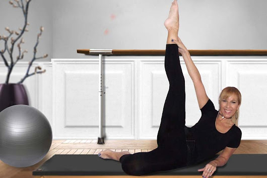 Pilates or yoga? Enjoy the best of both worlds with PiYo - Women Fitness Magazine
