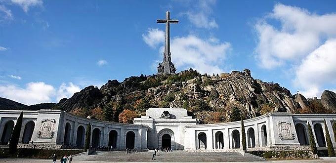 Admitida a trámite querella contra un programa de la Sexta por blasfemar contra la Cruz del Valle de los Caídos
