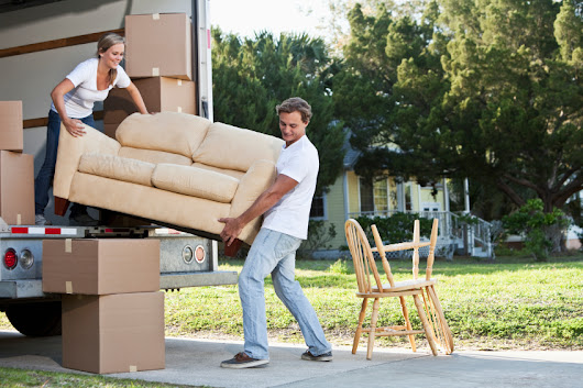 Top Relocating Tips For Career Movers | @