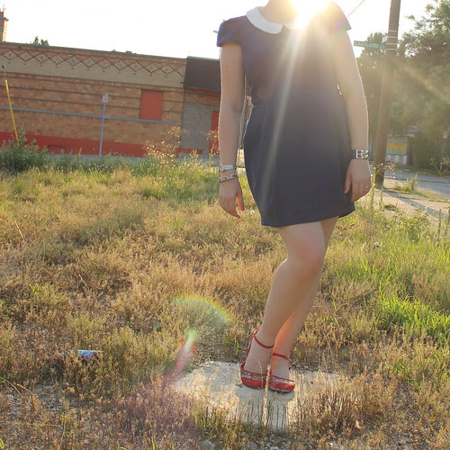 Sunset and structure outfit: Peter-Pan-collar dress, floral flats, pavé cable bracelet, etc.