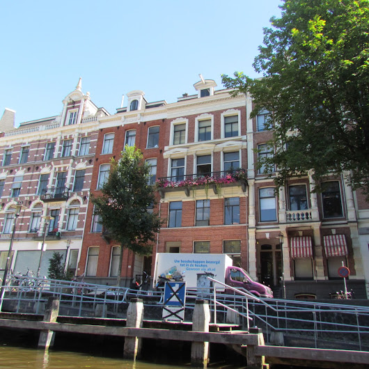 Amsterdam: A Whirlwind Layover