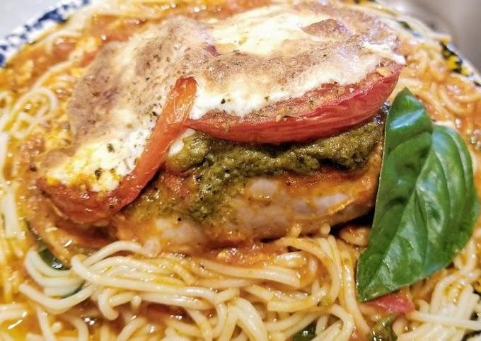 How to Prepare Perfect Basil Pesto & Mozarella Chicken Thighs