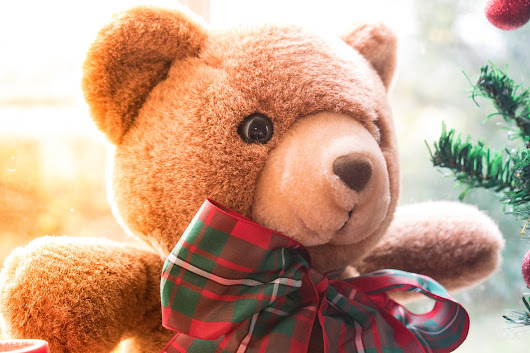 Safe Toys and Gifts Month: How to Protect Your Child's Eyesight