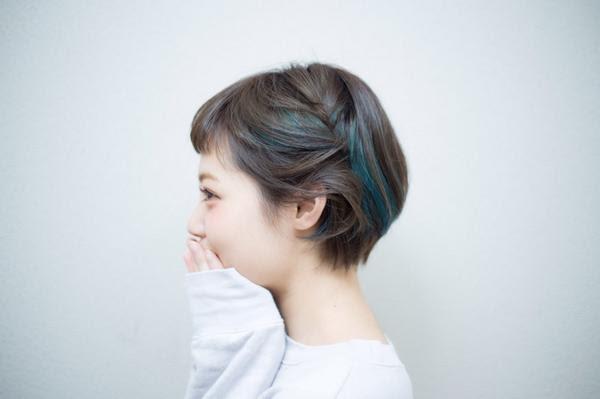ヘアスタイル・髪型・ヘアカタログ(カラー:アッシュ・ブラック系  - ショートヘア カラーアレンジ