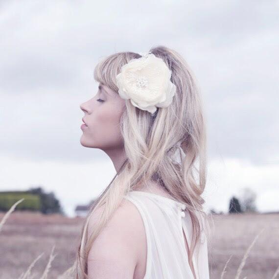 bridal comb, bridal hair accessory comb, floral lace bridal comb - Aurelie