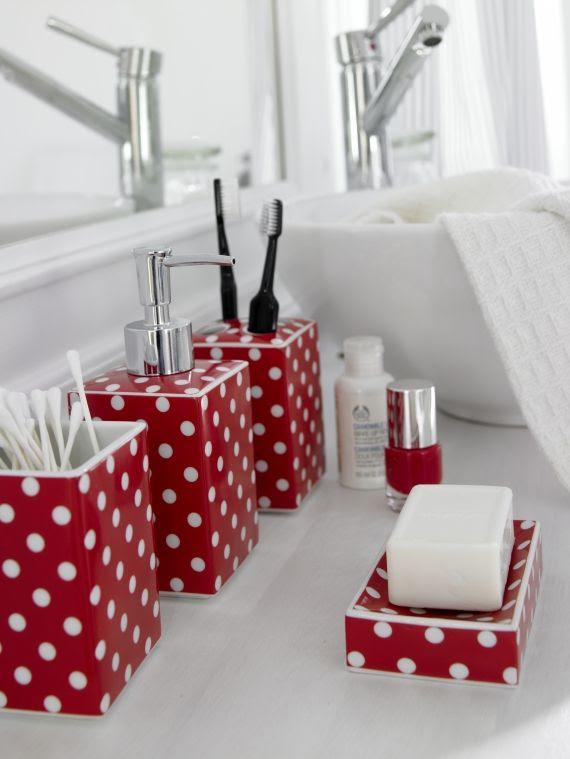 Red pois bath set!