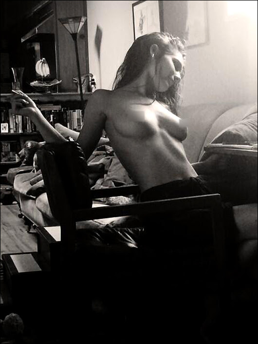 caitlin stasey topless