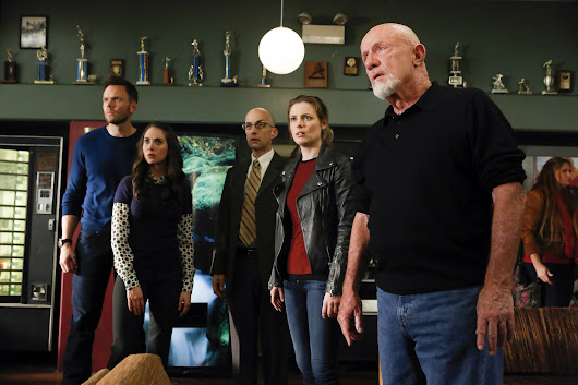 "Community Season 5, Episode 12 Review: ""Basic Story"" - Geek Binge"