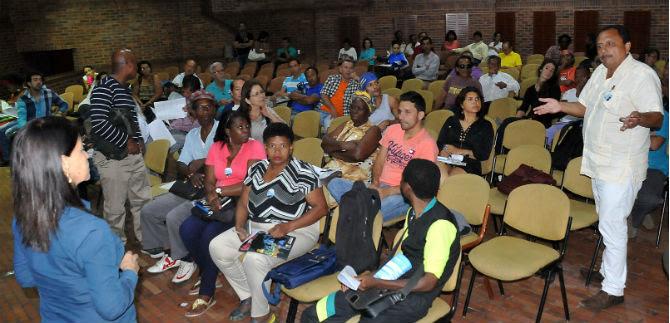 Plenaria del Plan Decenal de Cultura de Cali con gestores culturales