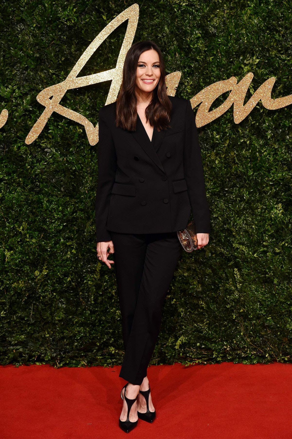 http://www.hawtcelebs.com/wp-content/uploads/2015/11/liv-tyler-at-2015-british-fashion-awards-in-london-11-23-2015_6.jpg