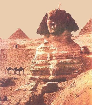 http://guardians.net/hawass/images/sphinx4b.jpg