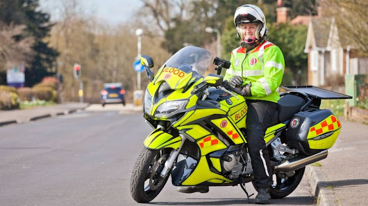Blood bikers: The volunteer motorcyclists who help the NHS - BBC News