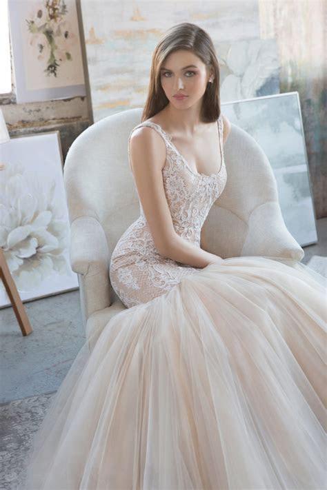 Timelessly Elegant Spring 2018 Tara Keely Wedding Dresses