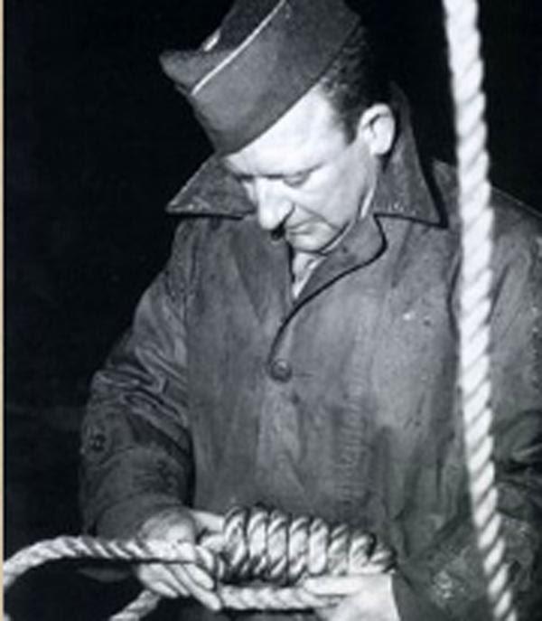 El sargento John Clarence Woods, verdugo de los nazis sentenciados en Nuremberg