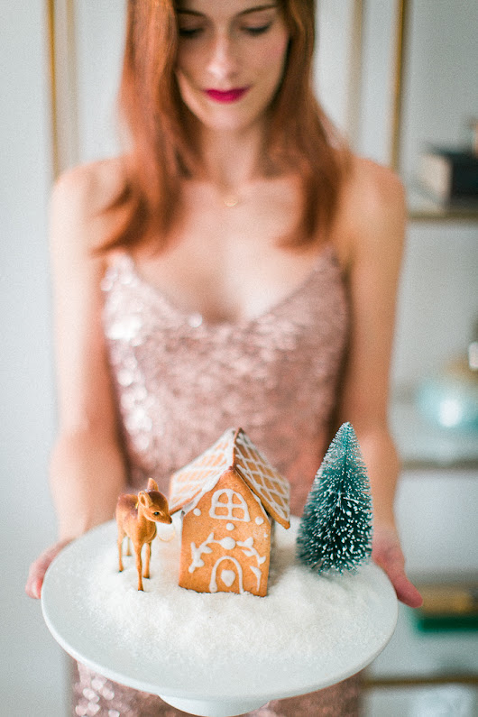 Whole Spelt Gingerbread Houses & Holiday Season