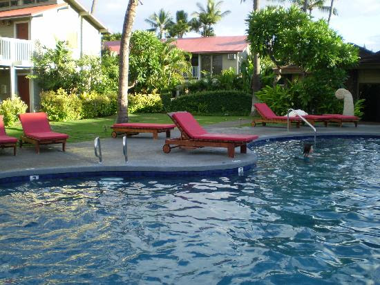 salt water pool - Picture of Outrigger Aina Nalu, Lahaina ...