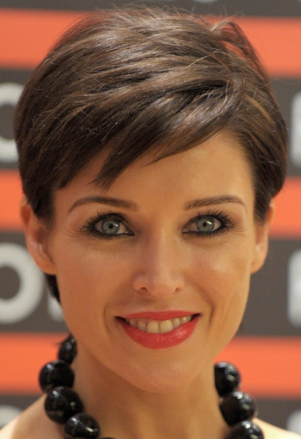 Short Hairstyles For Older Women Fashion Beauty