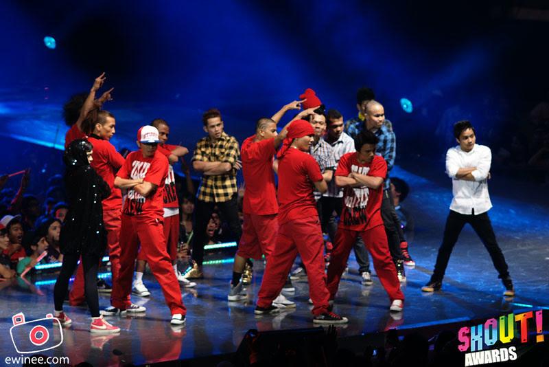 DANCE-BEAT-BOX-SHOUT-AWARDS-2010-5