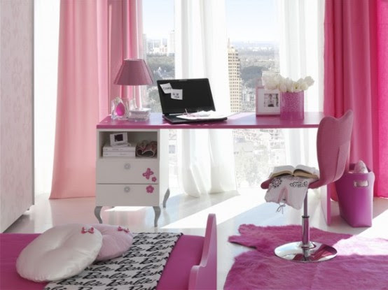 Room For Barbie Princess Gloss