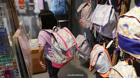 Cara Beli Tas Sekolah di Olshop untuk Buah Hati Tercinta