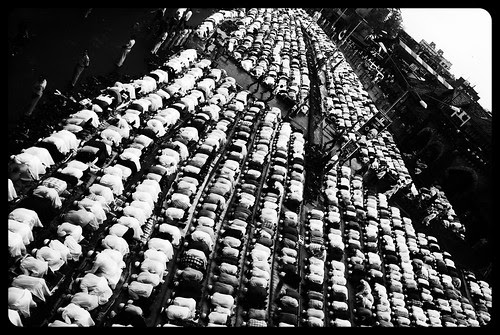 Bandra Station Road Idd Ul Fitr Namaz 2010 by firoze shakir photographerno1