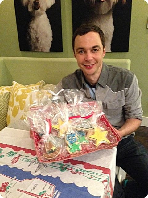 jim parsons bakeat350 cookies photo jimparsonscookiesrounded.jpg