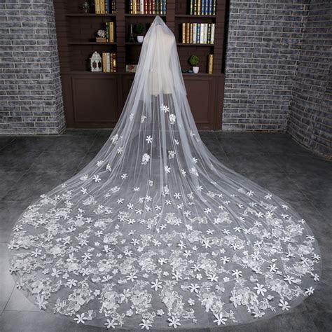 New Design Bridal Veils With Flower Charming White / Ivory
