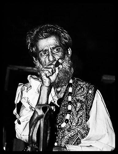Kashmiri Bawa Rafaee by firoze shakir photographerno1