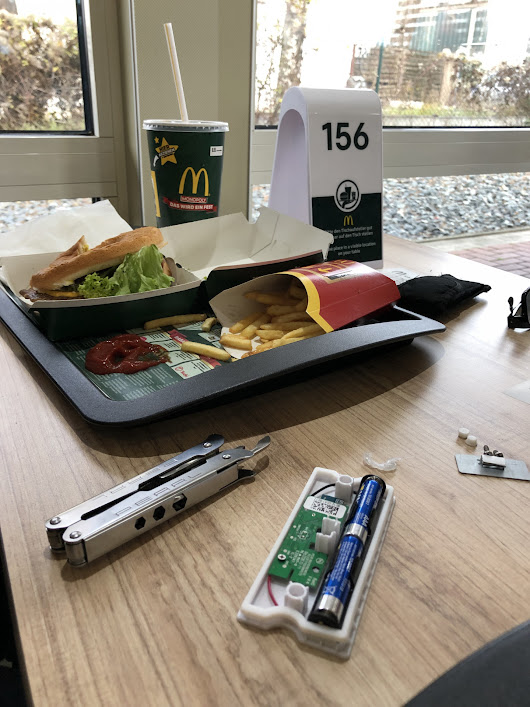 Reingeschaut: McDonald's-Wartenummern mit Bluetooth-Beacon