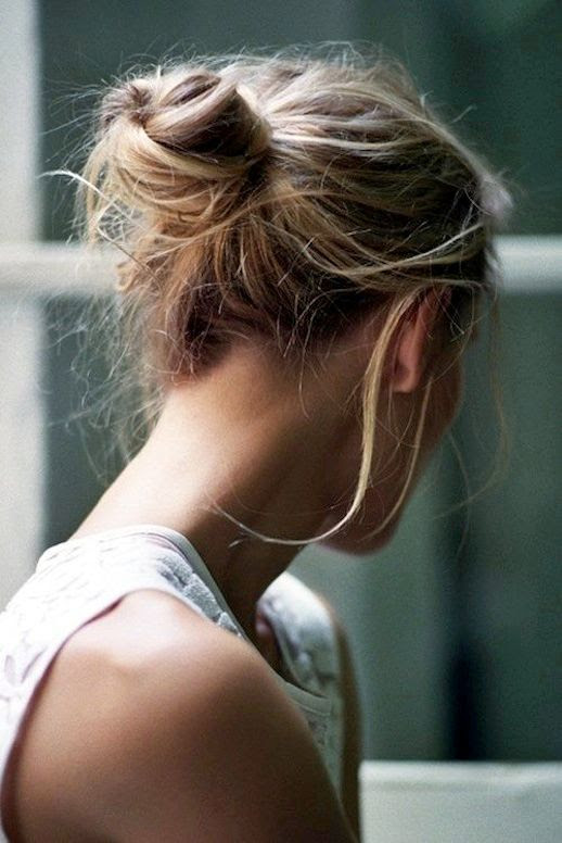 Le Fashion Blog 16 Buns For Any Occasion Hair Inspiration Loose Wavy Low Bun Via Quentin De Briey photo Le-Fashion-Blog-16-Buns-For-Any-Occasion-Hair-Inspiration-Via-Quentin-De-Briey.jpg
