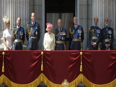 Παγκόσμιος συναγερμός! Οι τζιχαντιστές σχεδιάζουν να σκοτώσουν τη βασίλισσα Ελισάβετ! - Τρομοκρατικό `χτύπημα` αλά... Μαραθώνιο Βοστόνης